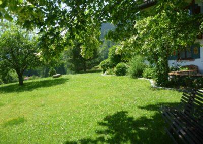 Abschalten im Garten / Unter der Linde